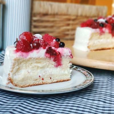 Лёгкий бисквитный тортик