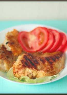 Курица-гриль сатай с сырными драниками