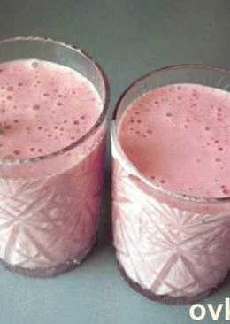 Молочный - фруктовый коктейль