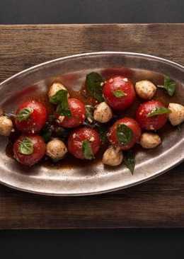 Салат из Маринованных Помидорок Черри и Шариками Моцареллы