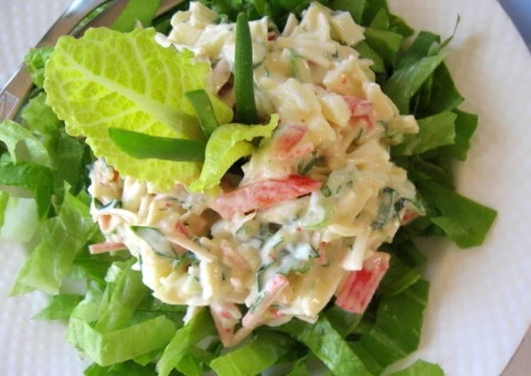 Крабово-яблочный салат