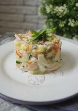рецепт салата с яблоком и кальмаром