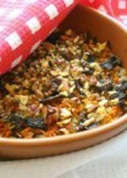 Гречневый слоеный пирог с грибами и морковью