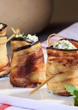 Рулетики из баклажанов с сыром и чесноком, простой рецепт закуски на праздничный стол