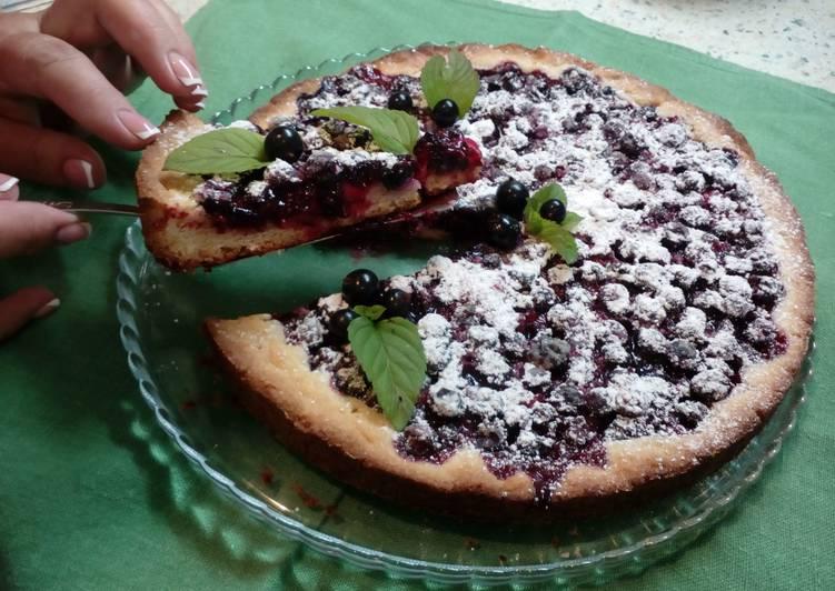 Пирог со смородиной (песочное тесто)