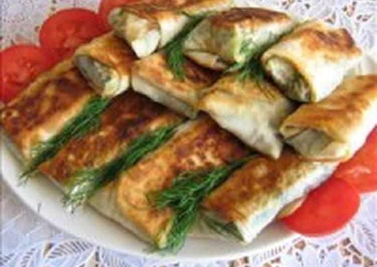 Пирожки из лаваша со шпинатом и яйцом