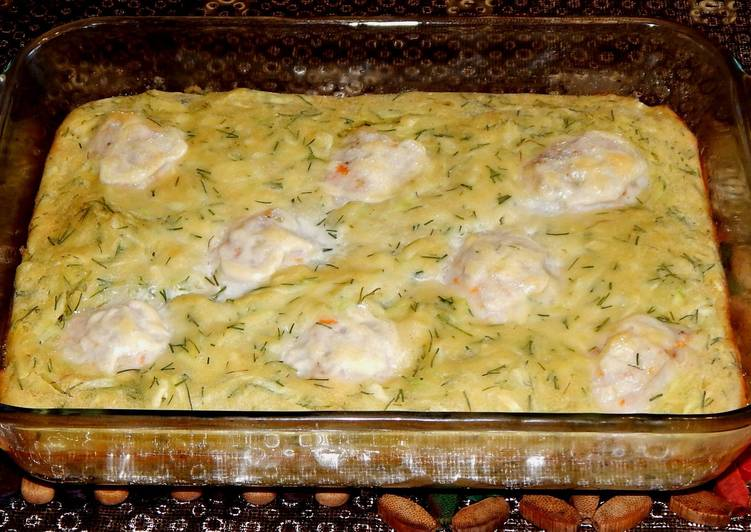 Запеканка из кабачков с мясными фрикадельками