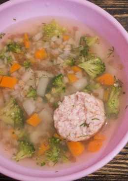 Детский гречневый суп с кроликом и брокколи