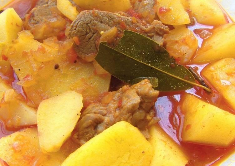 Жаркое из свинины в томатном соусе