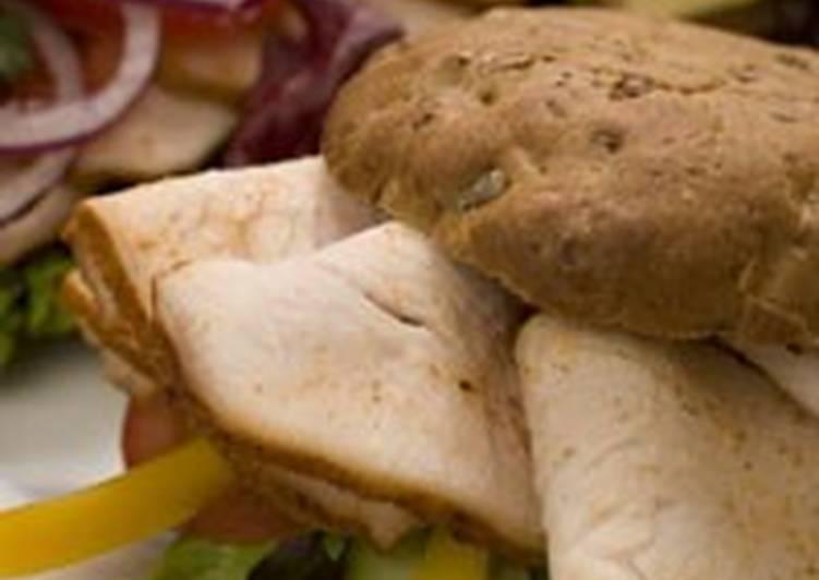 Сэндвичи с копченой индейкой