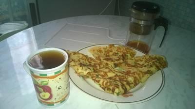 Сырные блинчики с петрушкой и чесноком