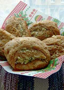 Сконы (английские булочки) с сыром и зеленью