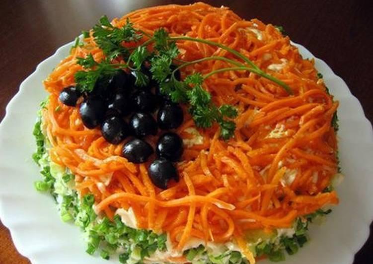 Салат с грибами огурцами корейской морковкой