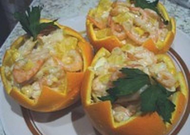 Салат с апельсинами и креветками «Апельсиновый рай»