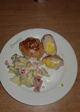 Куриные котлетки с яйцом