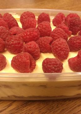 Десерт без выпечки из печенья и крема