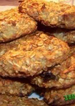 Диетическое овсяное печенье с яблоком и ананасом на 100грамм - 123.7 ккал, Б/Ж/У - 4.25/2.35/22.64