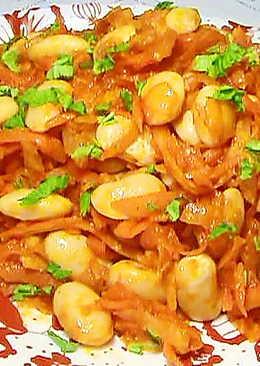 Фасоль с овощами в томатном соусе (постное блюдо)