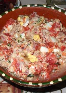 Салат с грейпфрутом и тунцом