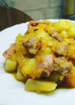 Ароматный тушёный картофель