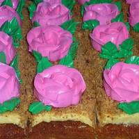 """Пирожное бисквитное с кремом """"Розовая клумба"""""""