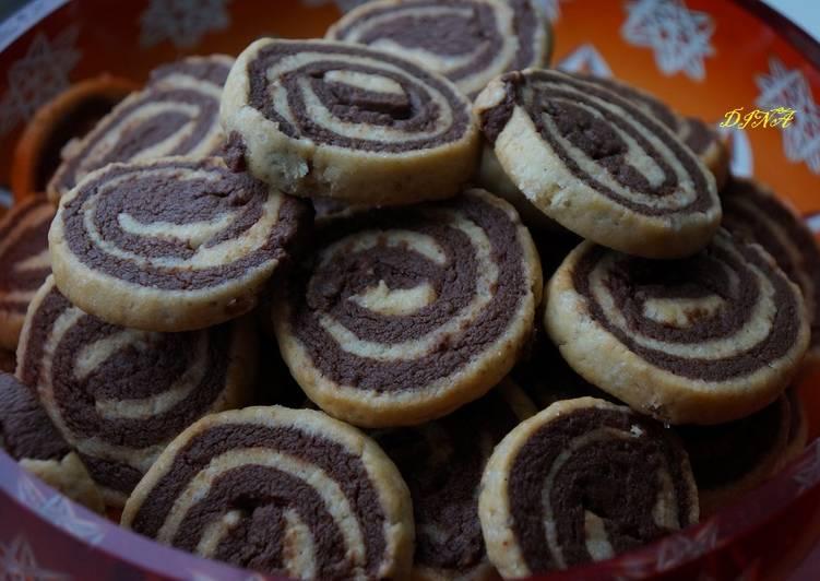 """Песочно-шоколадное печенье """"Спиральки"""""""