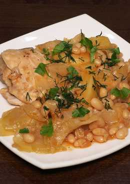 Овощное рагу с курицей и фасолью в мультиварке