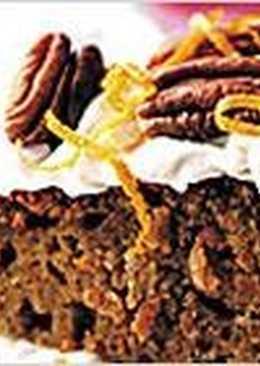 Морковный торт со сливочным сыром и орехами пекан