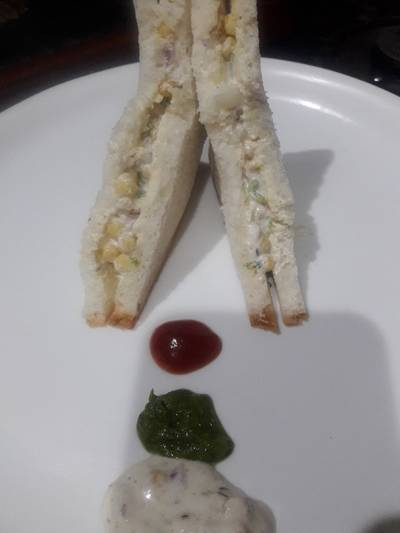 बूंदी रायता सैंडविच