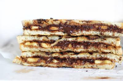 चाकलेट ड्राई फ्रूट सैंडविच#सैंडविच