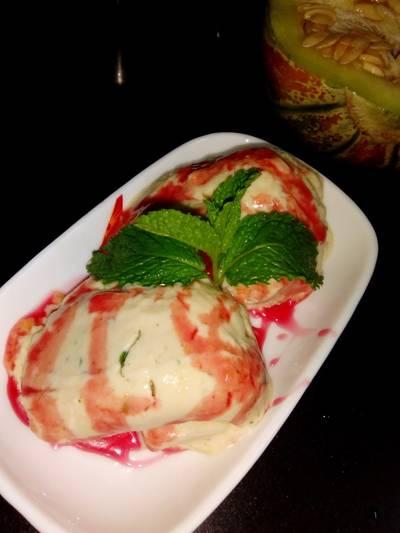 खरबूजा पुदीना आइसक्रीम