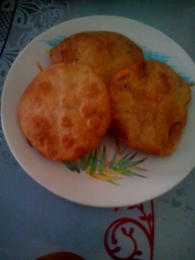 बिस्कुट रोटी