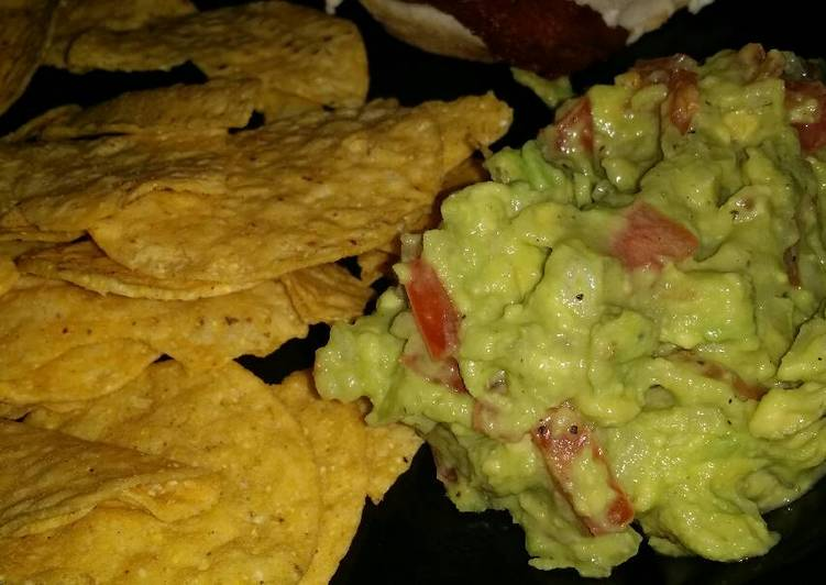 Basic guacamole. Fast and easy