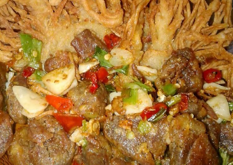 Beef Kriuk Bawang Cabe