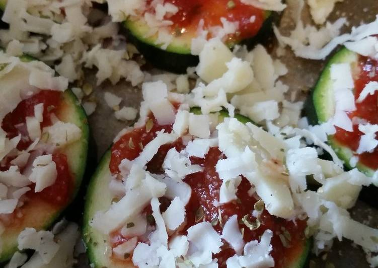 How to Cook Tasty Low Carb Zucchini Pizza