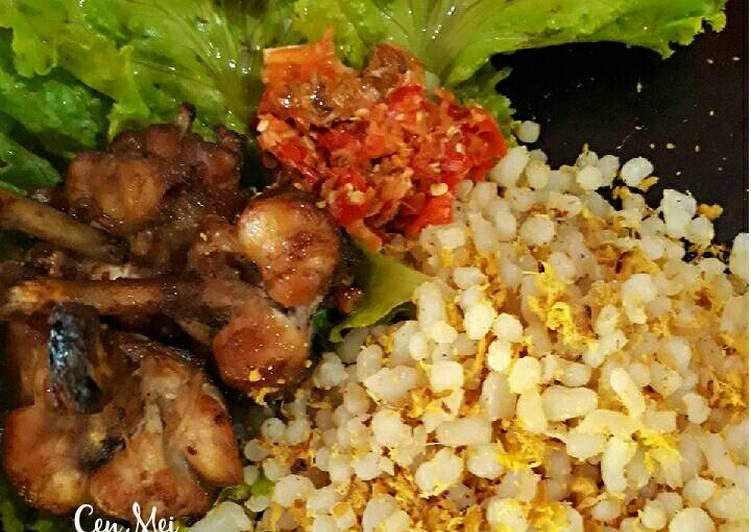 Nasi Ulam Dengan Sambal Goang Keto