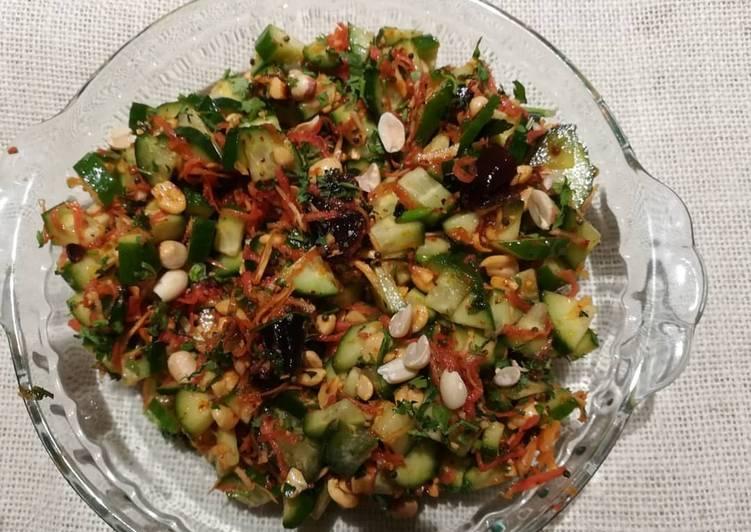 Healthy detox salad