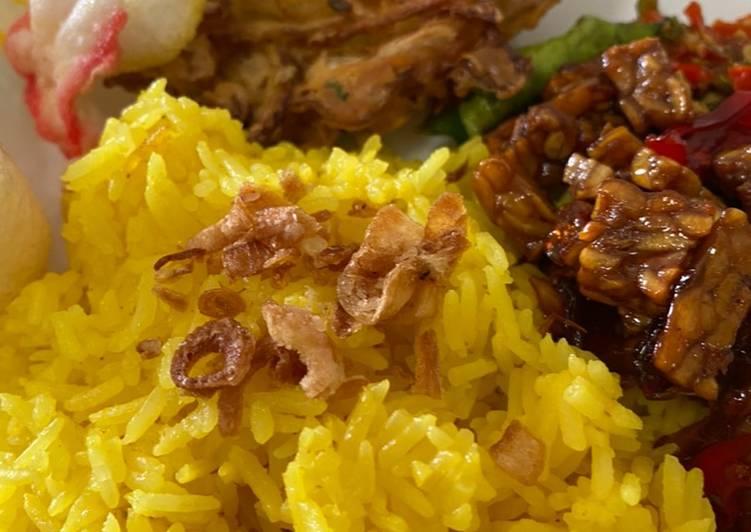 Nasi Kuning & Orek Tempe - cookandrecipe.com