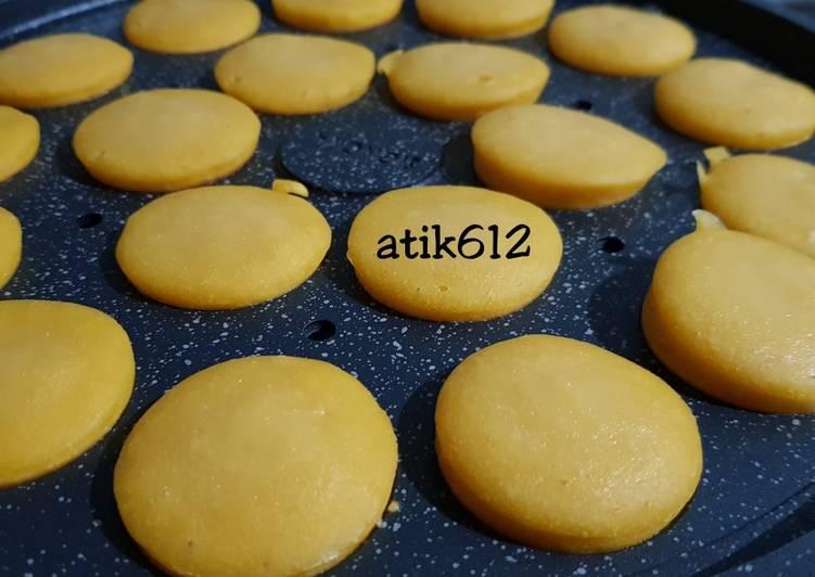 Kue Lumpur Kentang (Mini) - cookandrecipe.com