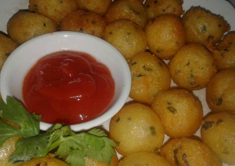 Potato cheese vegetables ball