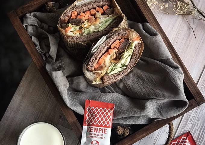 Wanpaku Sandwich - Rendang Version