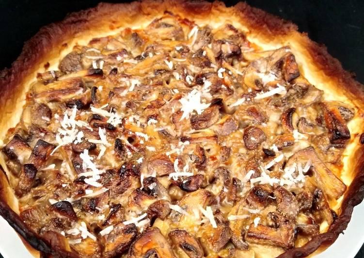 Le moyen le plus simple de Cuire Délicieux Tourte de champignons et parmesan