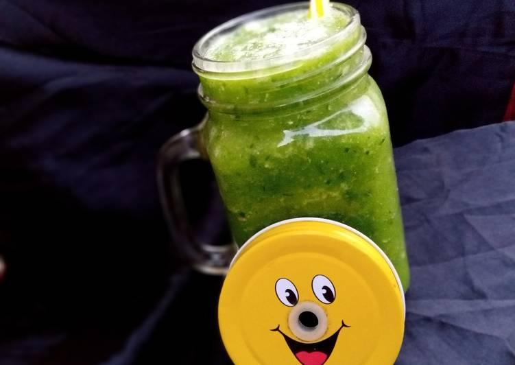 Cumber apple(green smoothie)