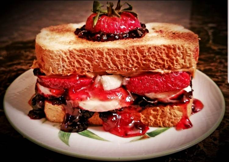 Mike's Ultimate Fruity Nutty PB&J Sandwiches For Kids