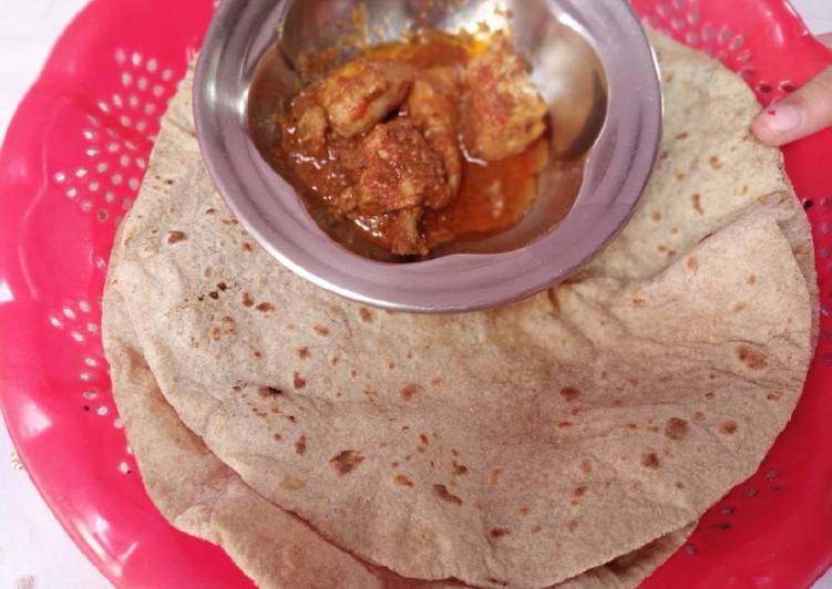 Steps to Prepare Super Quick Homemade Roti with chicken salan