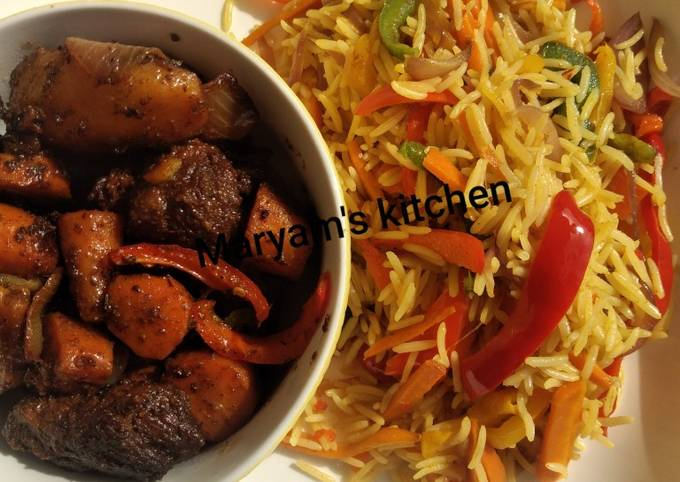 Stir fried vegetable rice and pan grilled beef