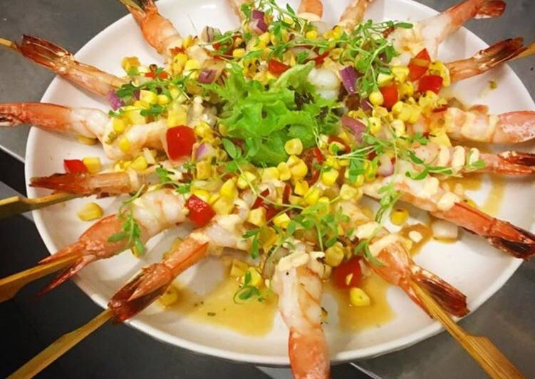 Steps to Prepare Perfect Prawns skewers with Lime and tequila corn salsa