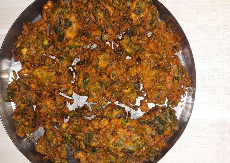 Step-by-Step Guide to Make Ultimate Palak fenugreek bhajiya