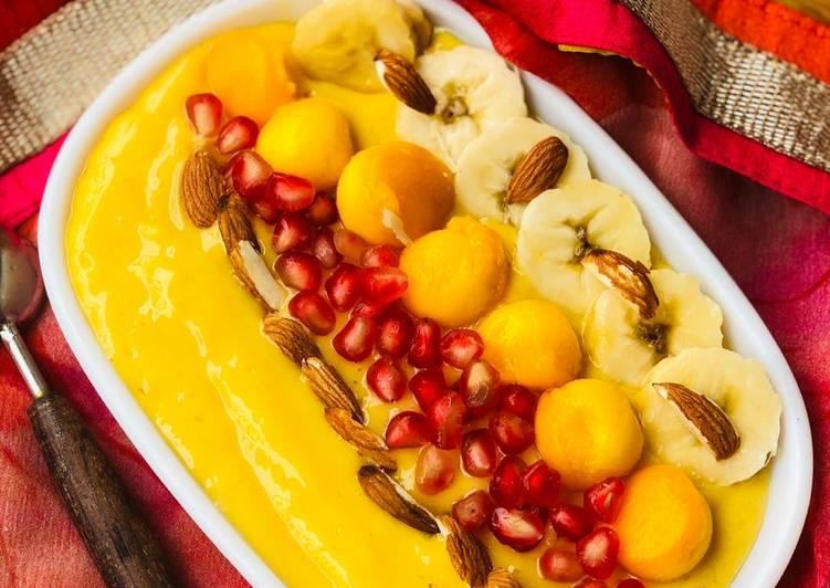 Mango fruit ocean
