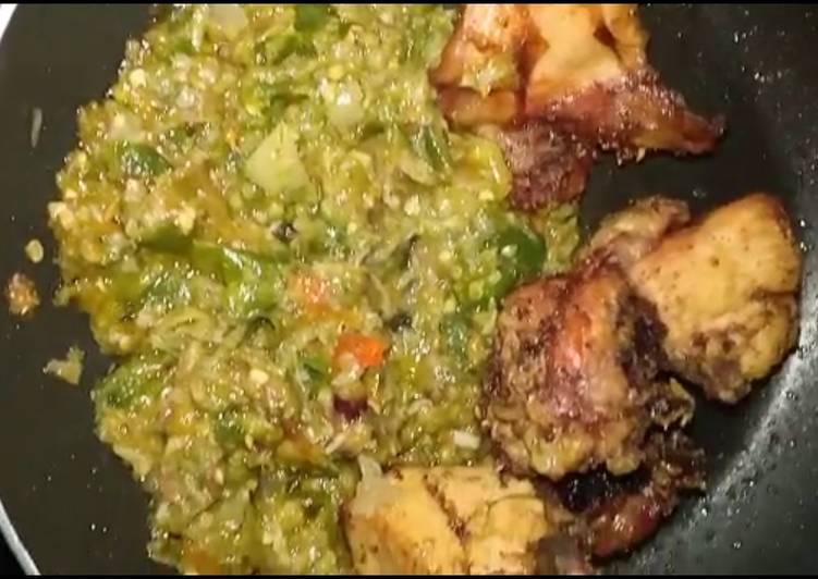 Ayam goreng penyet sambal ijo